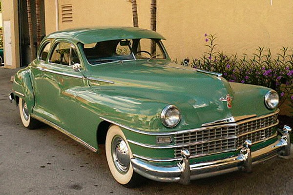 Chrysler_Club_Coupe_1947_Rick_Feibusch-2008.jpg