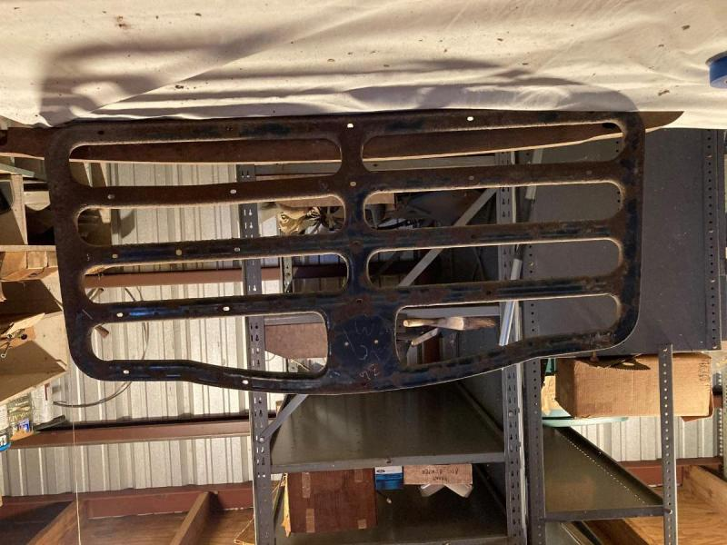 1935-1937 Packard trunk rack (bare).jpg