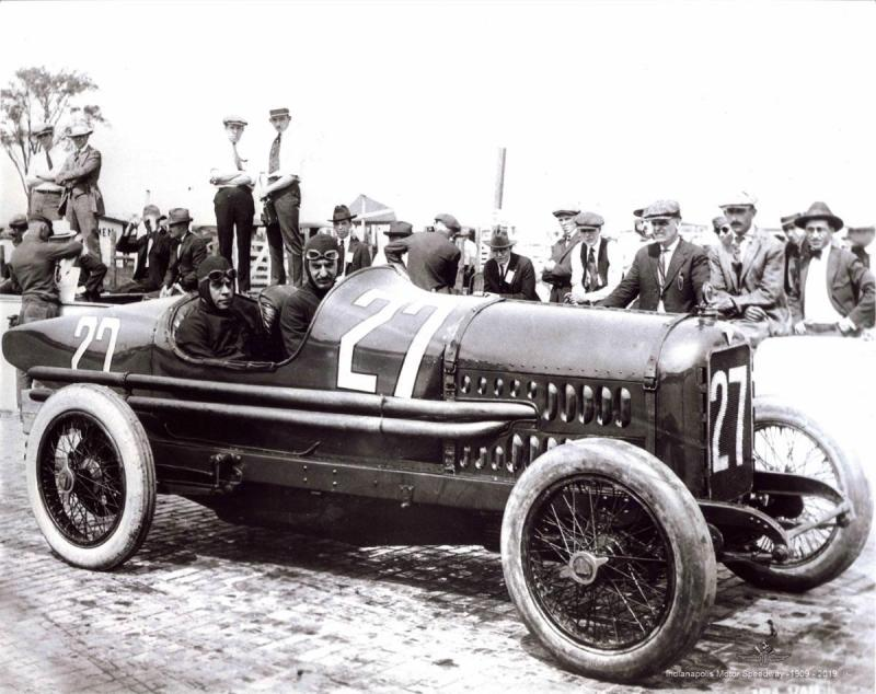 1919-HUDSON-Indy-500-Ira-Vial-driver-right-side-IMS-photo-small.jpg