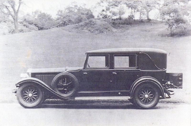1929 Stearns-Knight H-8-90 Sedan Body perhaps by Rollston. Photo in Central Park by John Adams Davis or Nathan Lazarnick.jpg