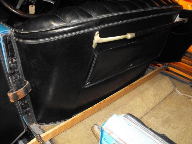 body rear door opening front 46.125.jpg