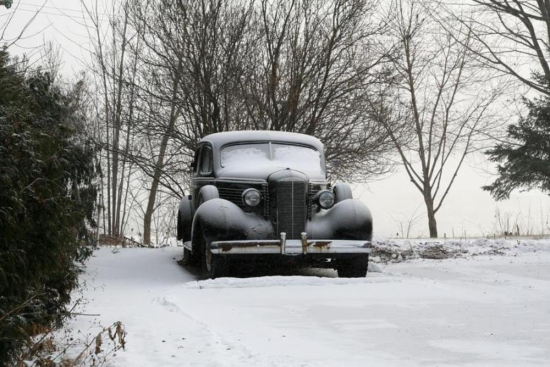 abandoned-car-in-snow-nadine-mot-mitchell.jpg