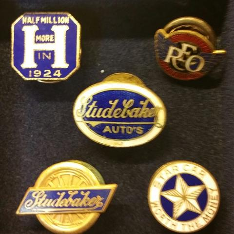 Pin group 3 my collection.jpg