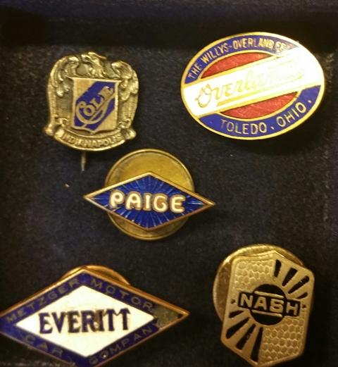 Pin group 4 my collection.jpg