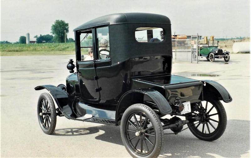 1918 Ford Couplet 2.jpg