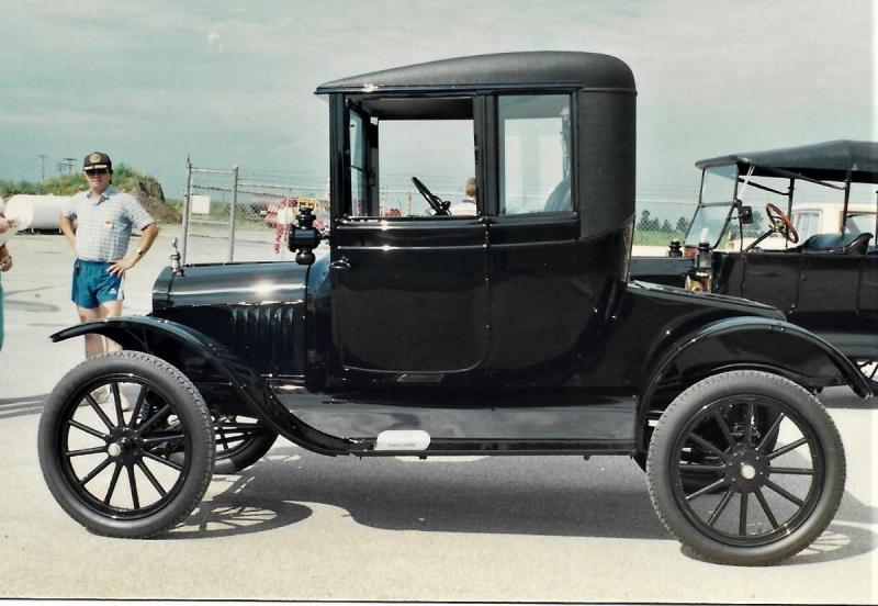 1918 Ford T Couplet.jpg