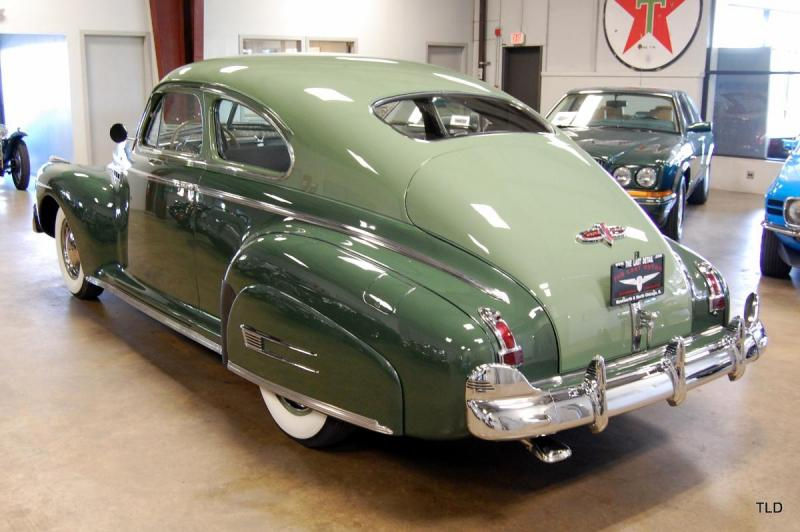1941 Buick Special 45-S -2.jpg