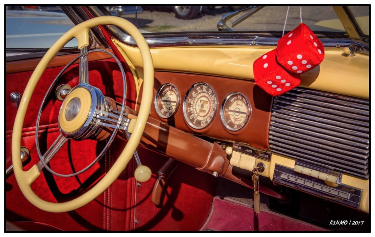 1940-buick-super-eight-convertible-dashboard-edit-2020-2017-krm.jpg