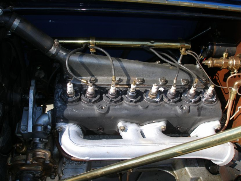 1912 Hudson engine.png