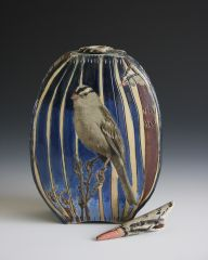 White-Crowned sparrow Bottle