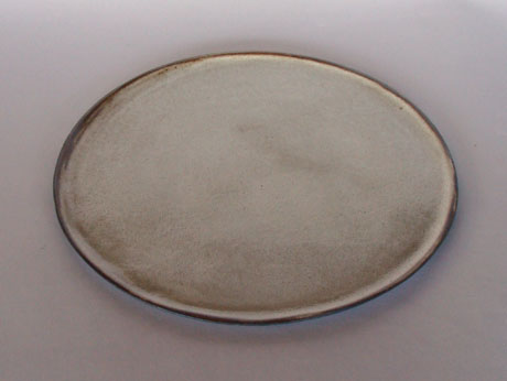 Blacl clay plate (2)