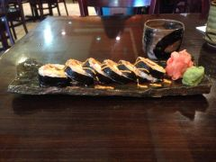 Pulled platter with sushi