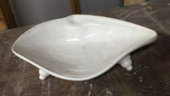 Student project clam shell dish