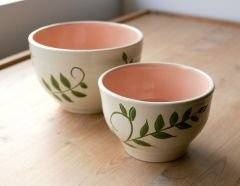 Nesting bowls set of two with carved leaves