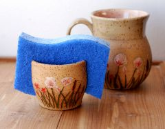 Wildflower Sponge Holder and Mug in Peach