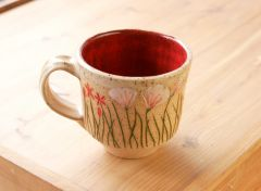 Contemporary wildflower mug, red