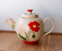 Scarlet Poppies Teapot