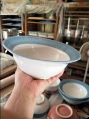Soup bowl with Chattering rim