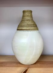 Porcelain weaved vase