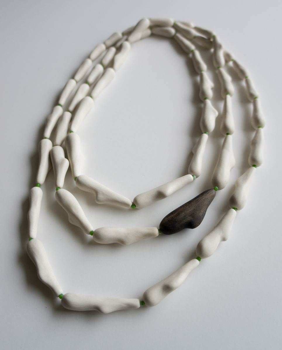 Pod necklace