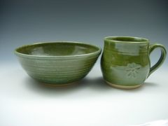Green bowl and mug