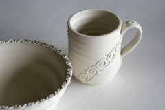 Wiggle bowl and mug with spirals