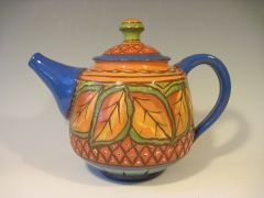 028 Autumn Leaves Teapot