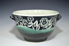 Porcelain, sgraffito and chattering.