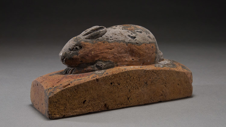 chris-berti-grey-and-red-hare-carved-facing-brick-3.5x7x2.jpg
