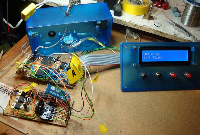 DIY Kiln Controller - Veroboard Version 2 (inside view)