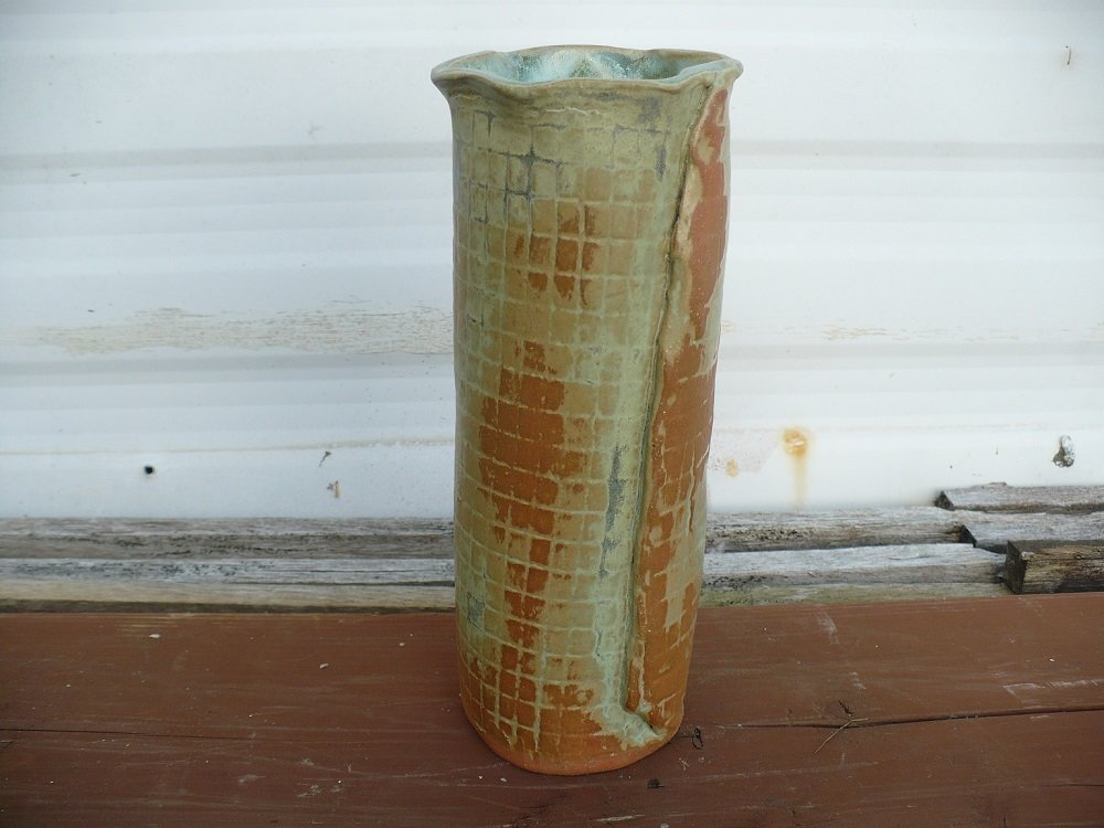 Green emerald mist vase side1.jpg