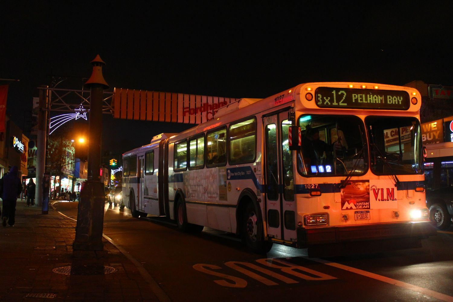 MTA NYC Bus New Flyer D60HF 1027