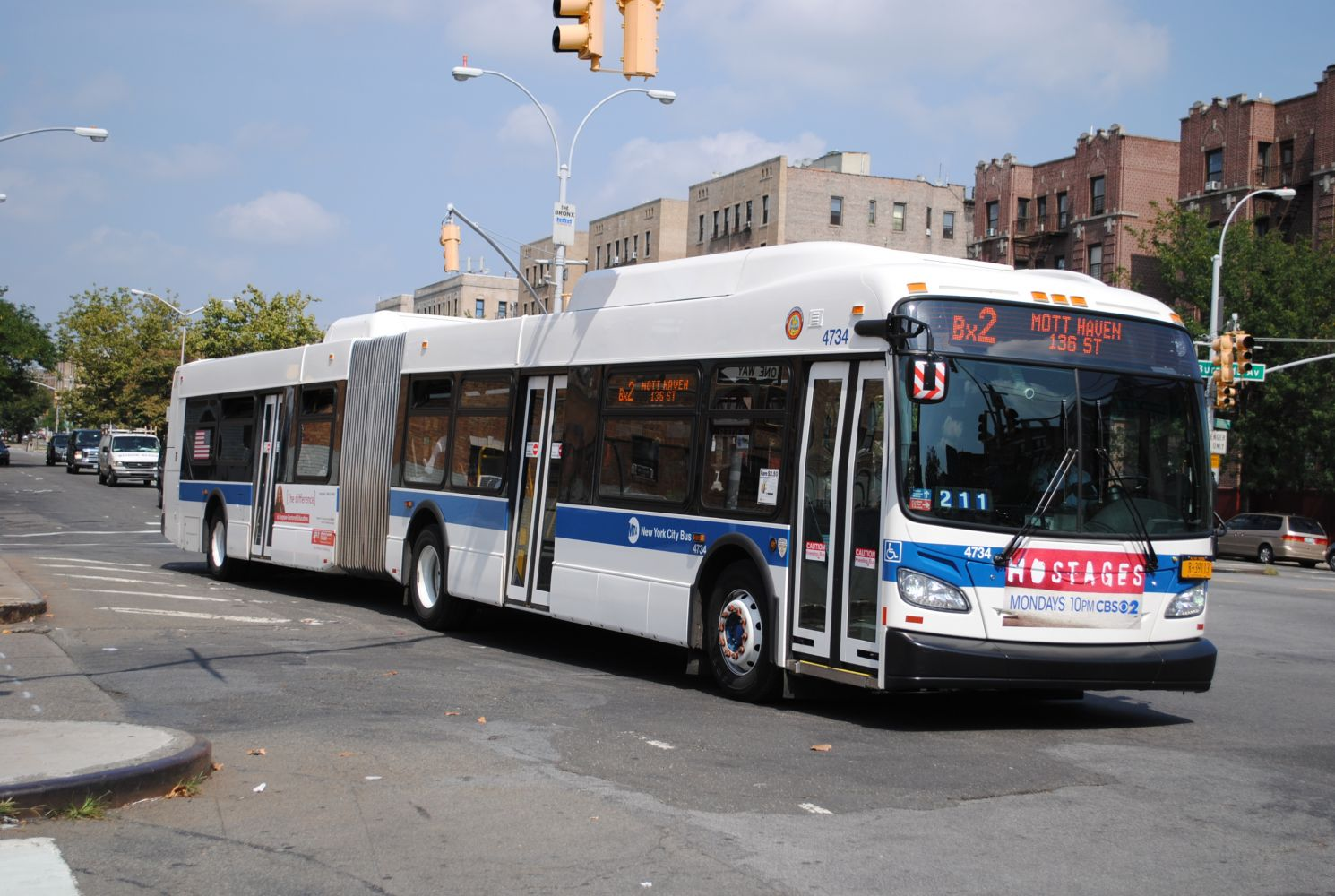 New Flyer XD60 4739 on the Bx2