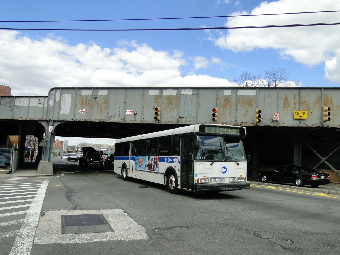 Orion V Q53 at Woodhaven Blvd and Eliot Avenue