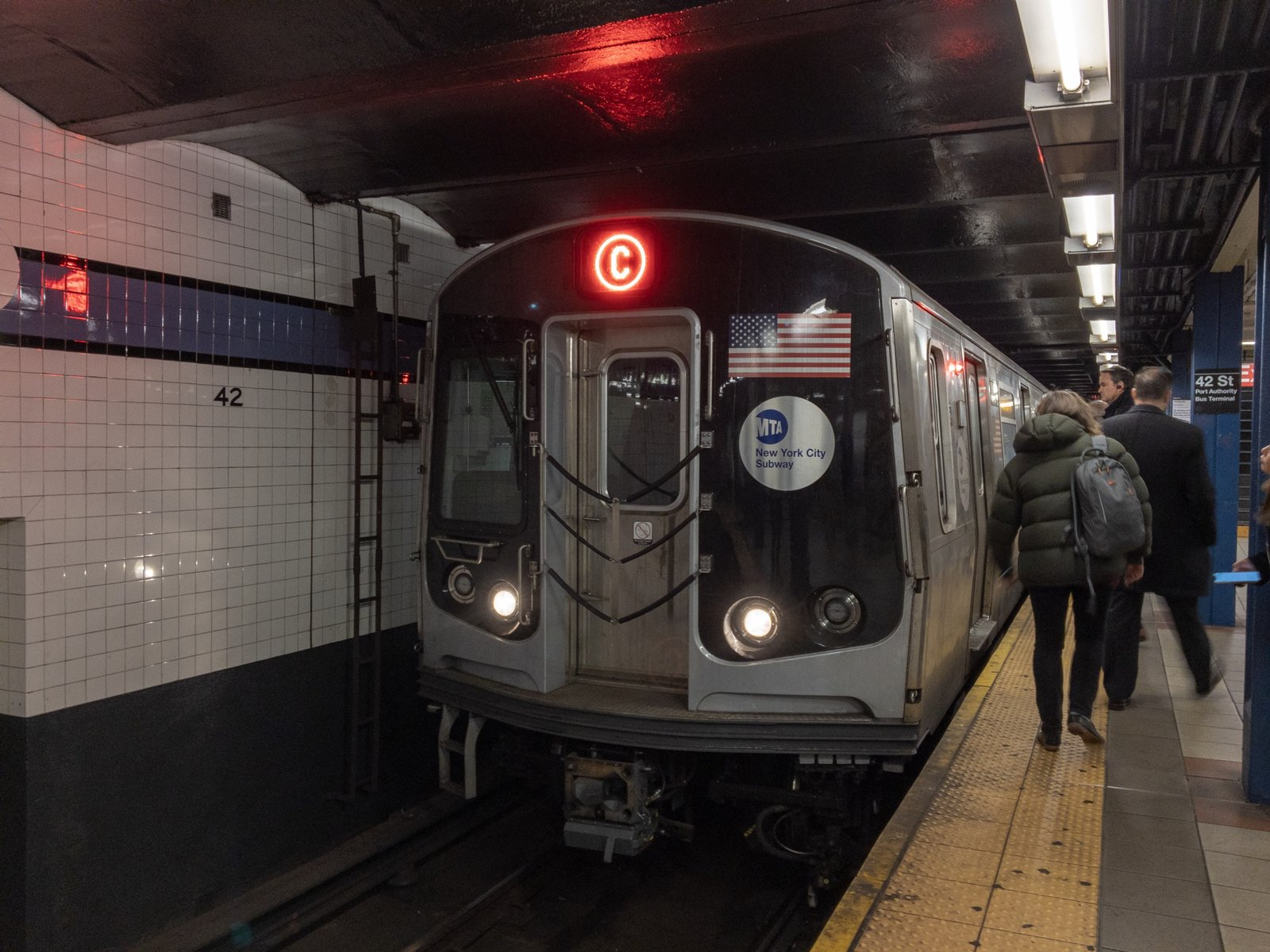 R179 C Train at 42 St