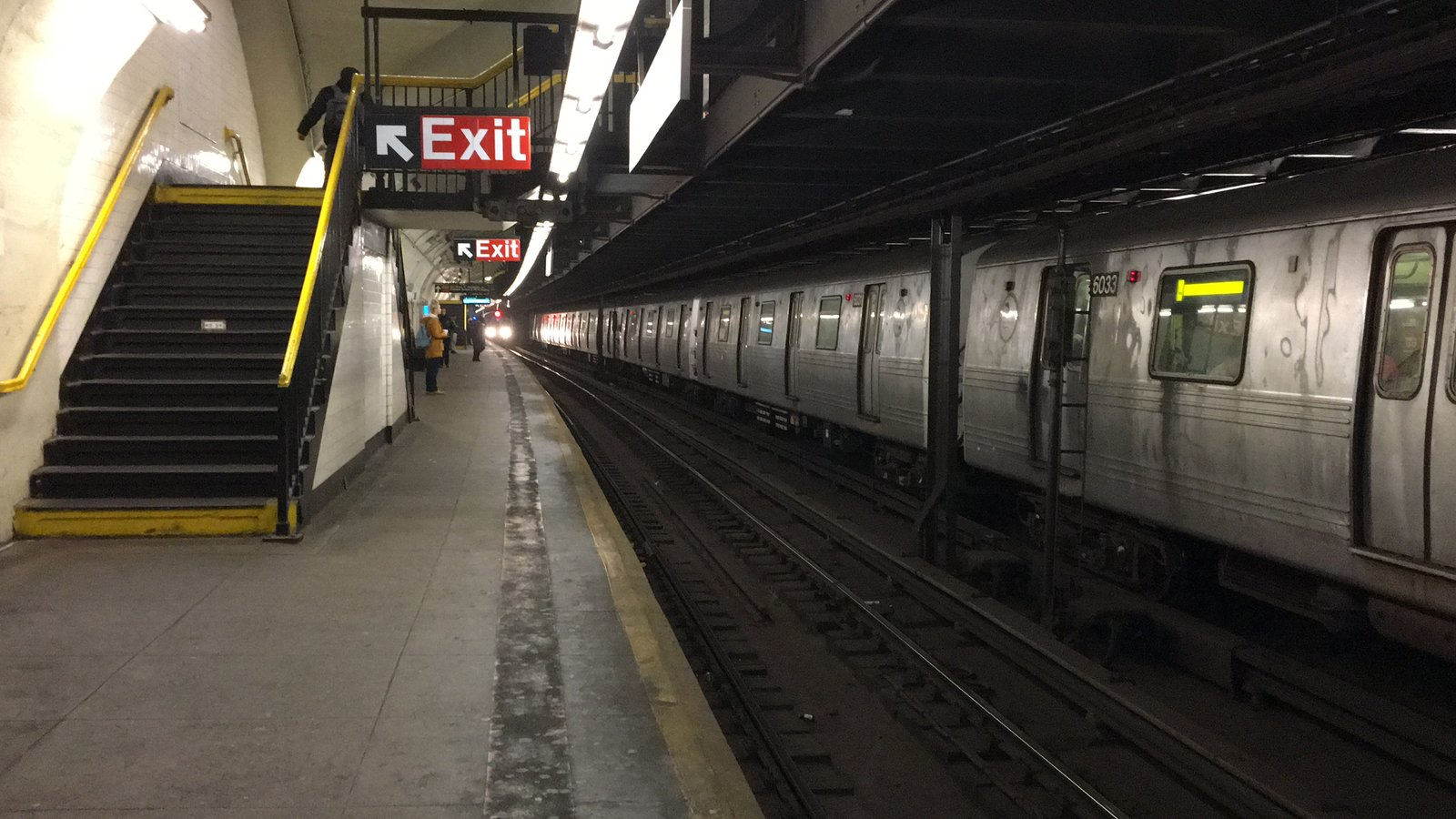 Two A Trains at 181 St