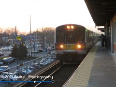 MTA Long Island Rail Road: Bomardier M7 arriving @ Baldwin
