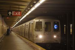 168th Street Bound Train Of R46s On The C Line @ Liberty Avenue