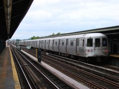 MTA NYC (A) train leaving 88th St.