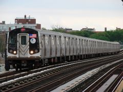 MTA NYC (F) train arriving at Avenue P