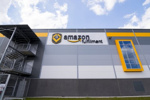 Amazon Set to Reopen French Warehouses on May 19th After Reaching a Consensus with French Unions