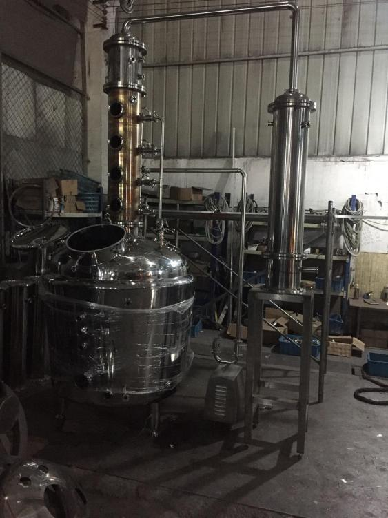150 gallon baine marie pro series whiskey still for Cooperstown Distillery.jpg