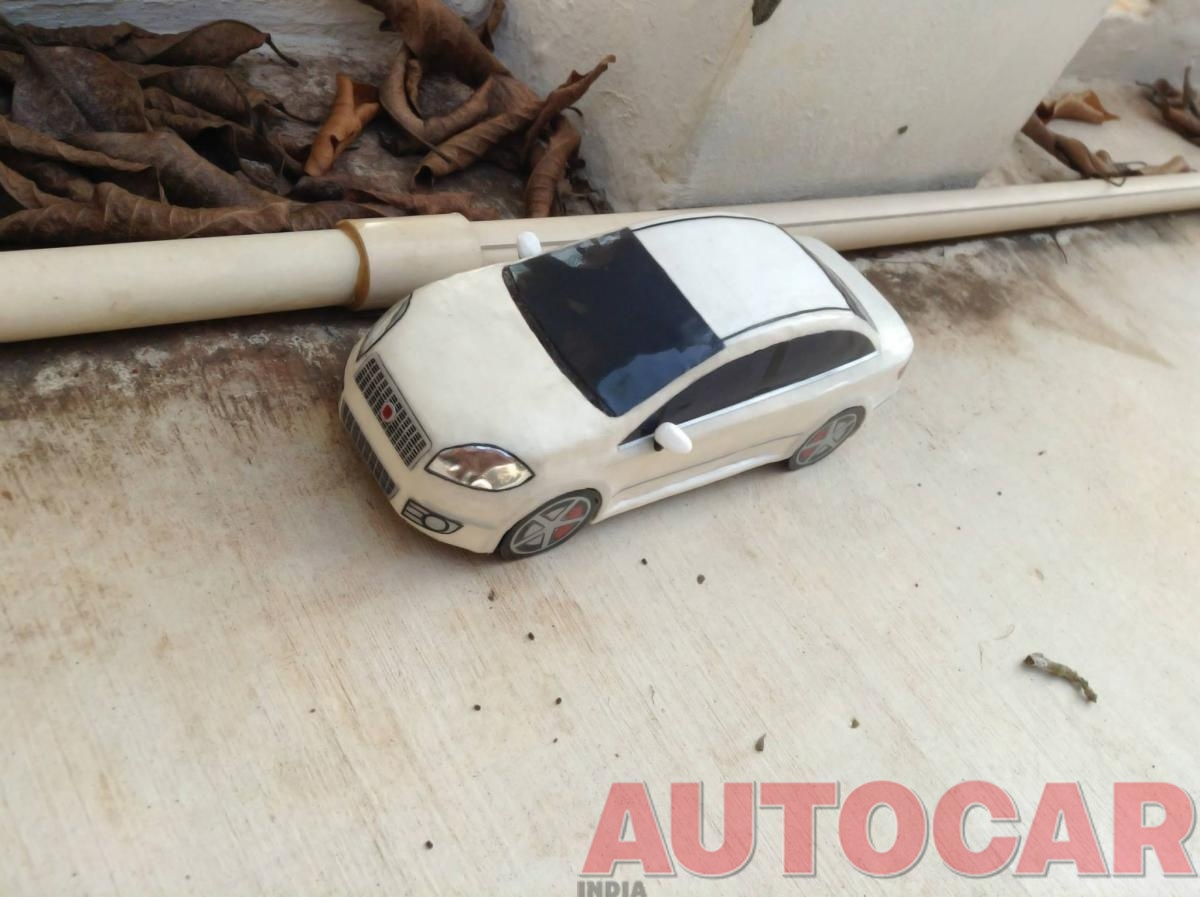 My handcrafted 1:18 scale models: Fiat Linea and others