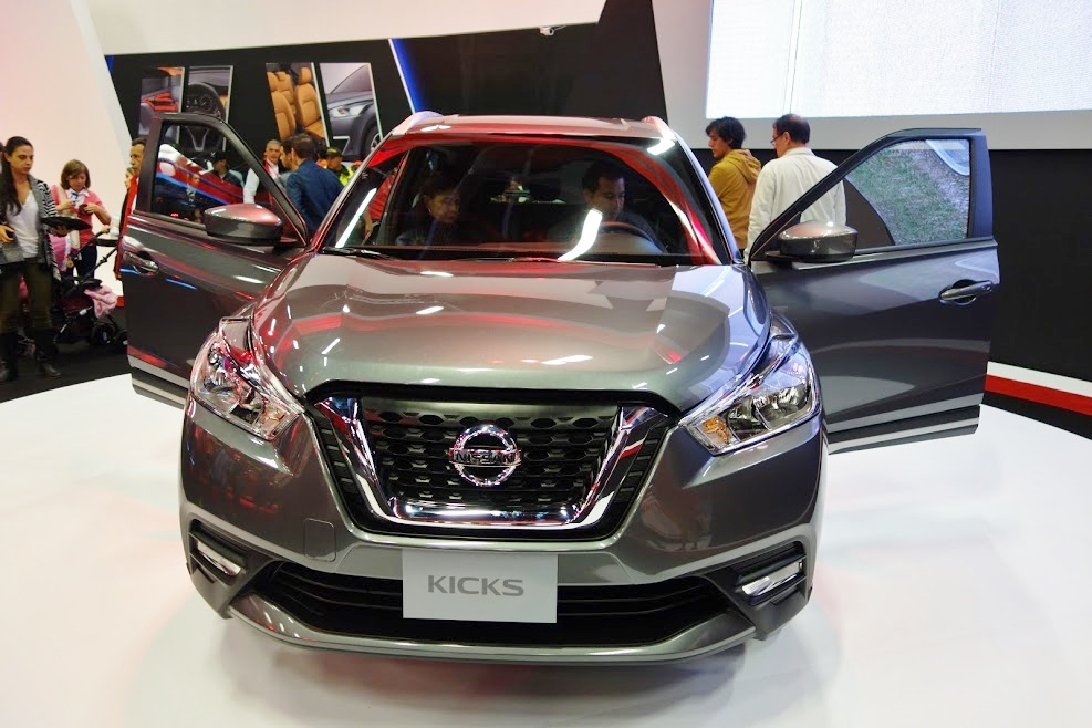 Nissan-Kicks-front-at-2016-Bogota-Auto-Show.jpeg