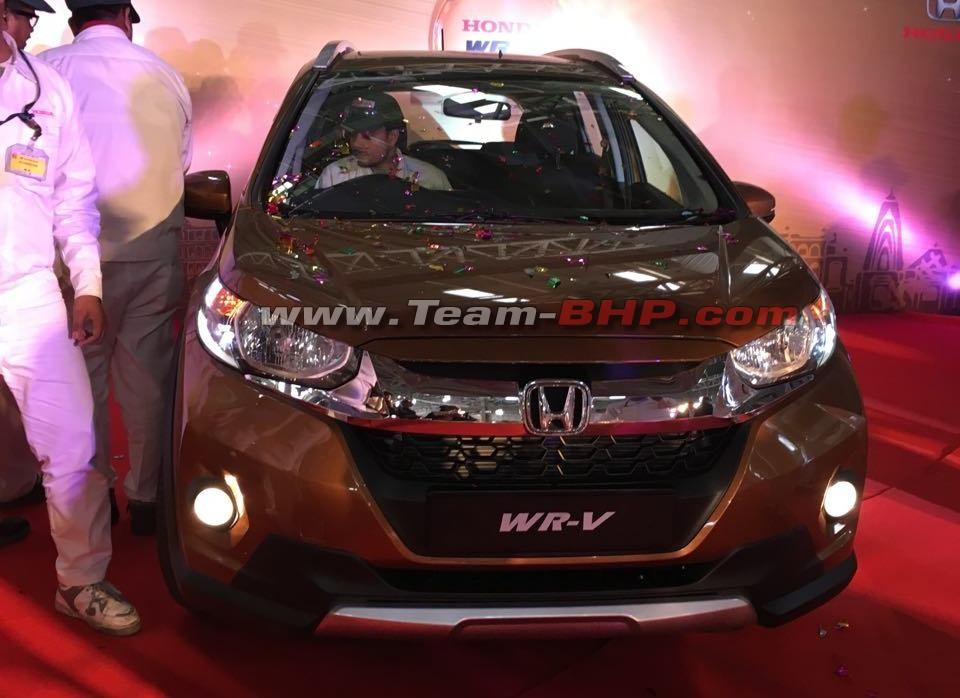 Honda-WR-V-front-snapped-in-Honda-India-plant.jpg