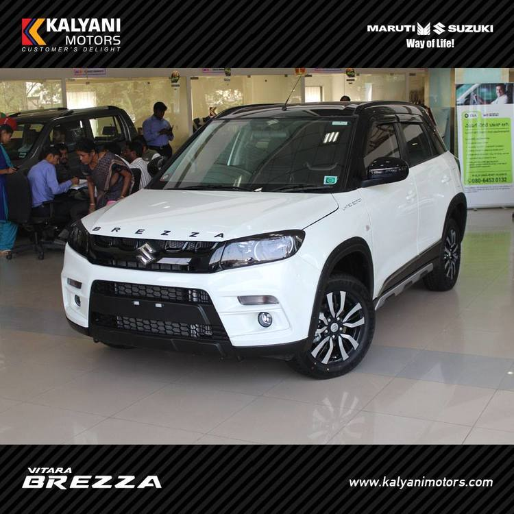Maruti-Vitara-Brezza-Limited-Edition-by-Kalyani-Motors-front-quarter.jpg
