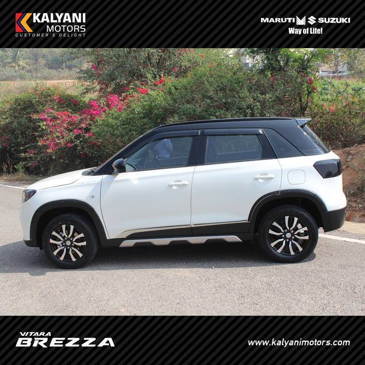 Maruti-Vitara-Brezza-Limited-Edition-by-Kalyani-Motors-side.jpg