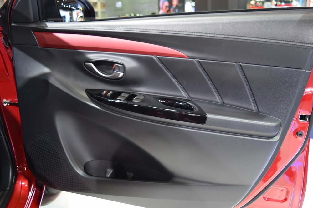 2017-Toyota-Yaris-sedan-Vios-door-cards-showcased-at-BIMS-2017.jpg