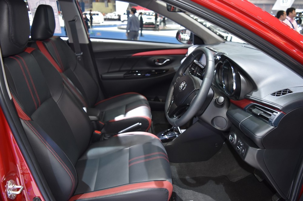 2017-Toyota-Yaris-sedan-Vios-front-cabin-showcased-at-BIMS-2017.jpg