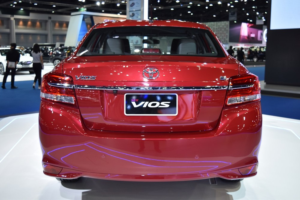 2017-Toyota-Yaris-sedan-Vios-rear-showcased-at-BIMS-2017.jpg